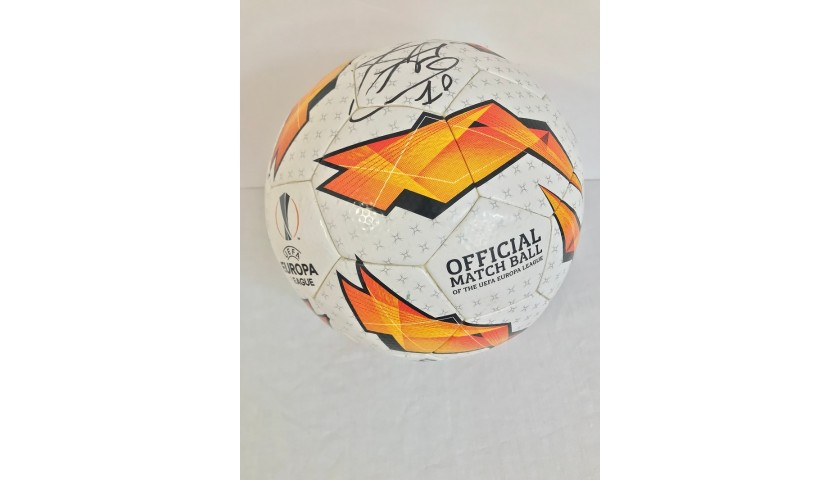Matchball EL 2018/19 - Signed by Luis Alberto