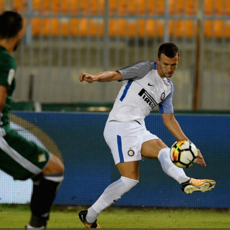 Perisic's Inter-Betis Siviglia 2017 Worn and Signed Shirt