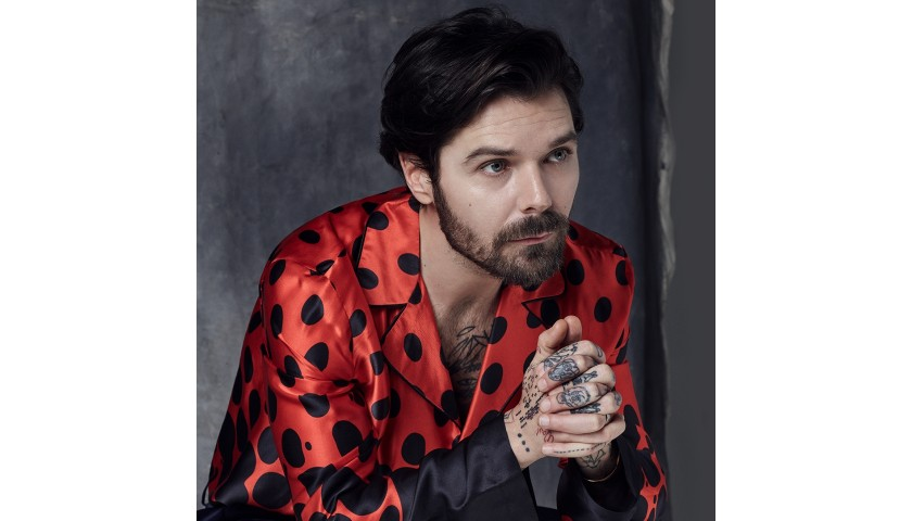 Personalized Video Performance by Simon Neil