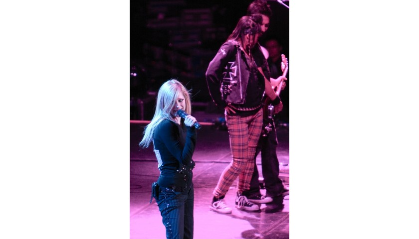 Avril's Dancer Outfit: Pink Plaid