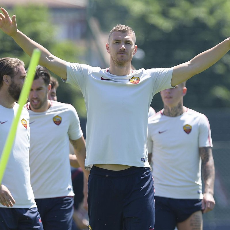 Attend an AS Roma Training Session in Trigoria