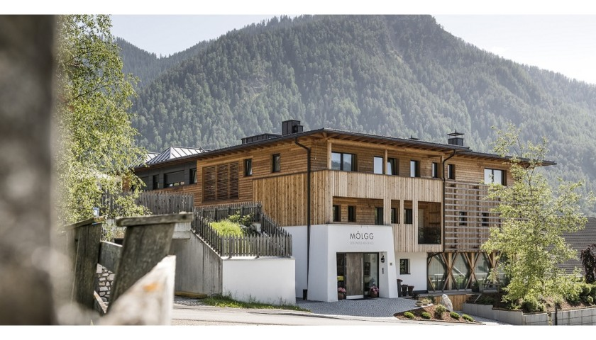 Stay for Two at the Dolomites Residence by Manuela and Manfred Mӧlgg