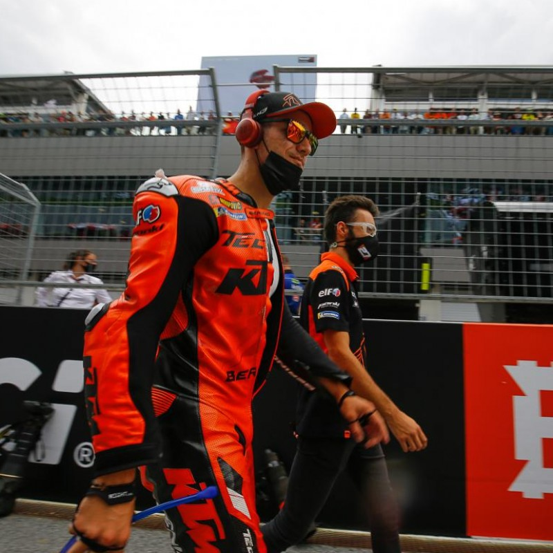 Personalised Video Message from MotoGP™ Rider Iker Lecuona