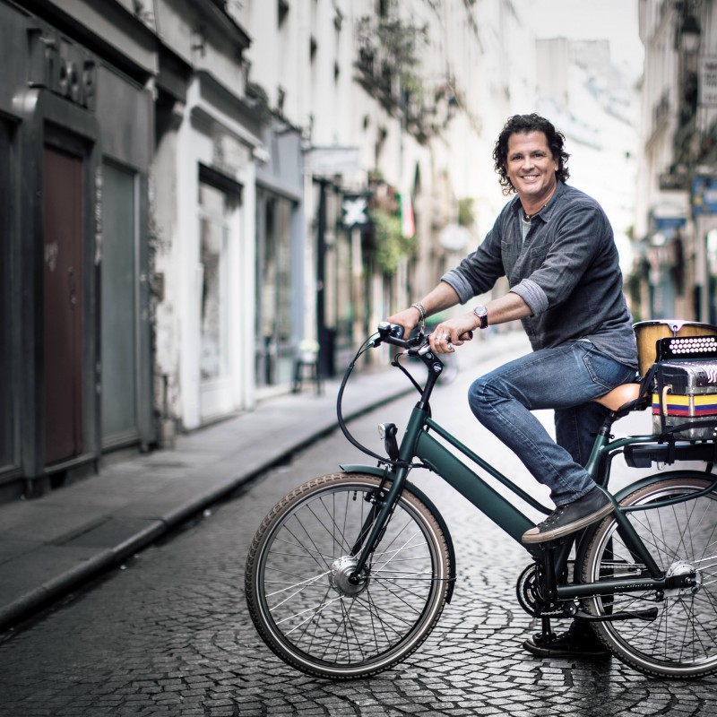 Join Carlos Vives for a Bike Ride around Barcelona