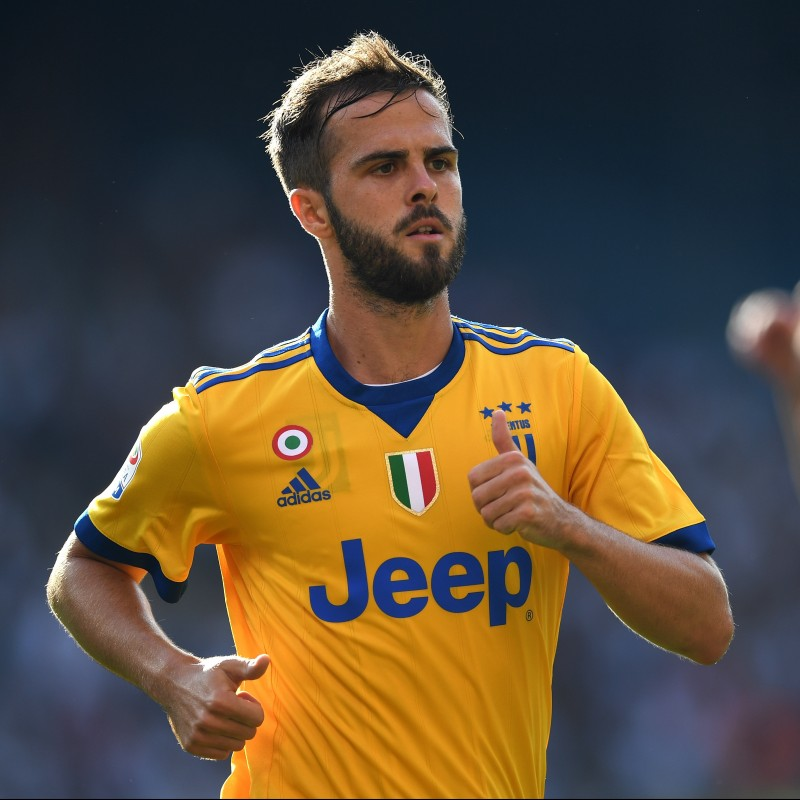 Official 2017/18 Juventus Shirt Signed by Pjanic