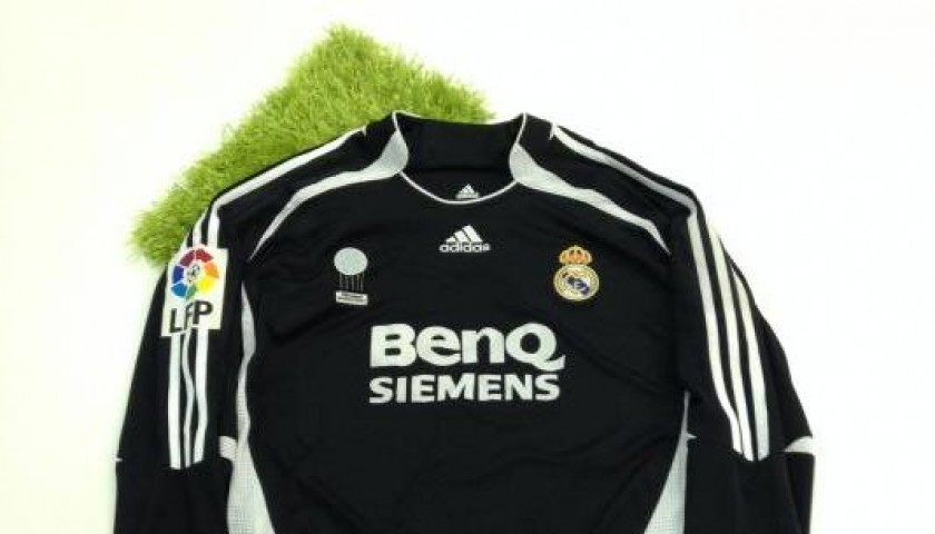 pretty nice cd091 bc718 Maglia Raul Real Madrid, preparata/indossata Liga spagnola 2006/2007 -  CharityStars