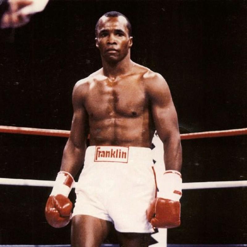 Sugar Ray Leonard Hand Signed Boxing Glove