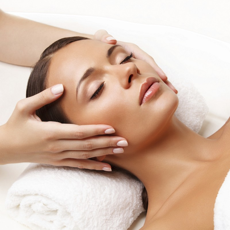 IS Clinical Facial with Afternoon Tea