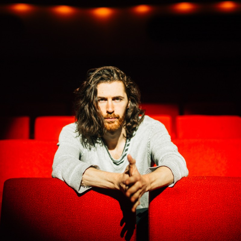 Personalised Video Performance by Hozier