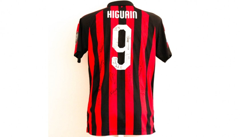 Higuain's AC Milan Match-Issue Shirt, 2018/19 Season - Signed by Players