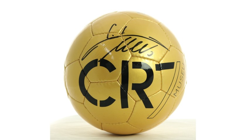CR7 Museu Football - Signed by Cristiano Ronaldo