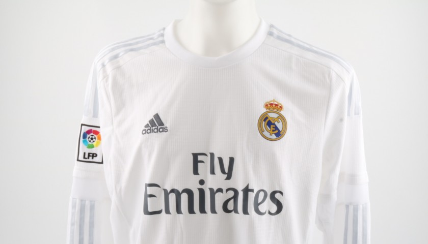 356091584 Official Replica Real Madrid Shirt Signed by Gareth Bale - CharityStars
