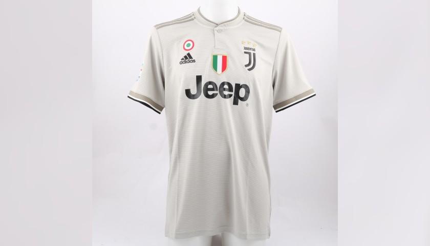 66316a5e8 Ronaldo s Official Juventus 2018 19 Signed Shirt - CharityStars