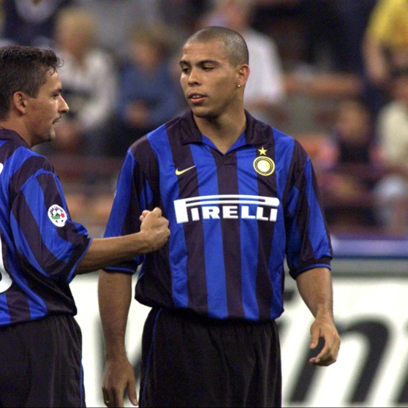 Ronaldo's Official Inter Signed Shirt, 1998/99