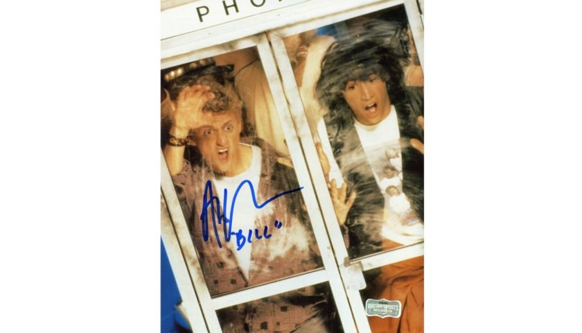 """Alex Winter Signed Bill & Ted Photo in Phonebooth with """"Bill"""" Inscription"""