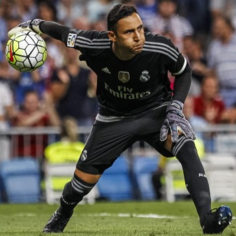 Auction Keylor Navas's Official Real Madrid Signed Shirt, 2015/16