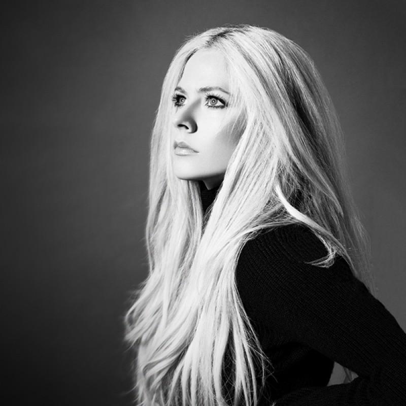 Incontra Avril Lavigne in Giappone