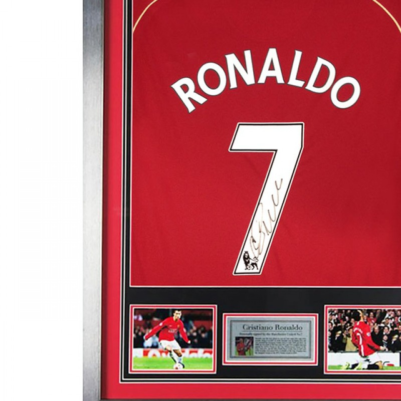 Cristiano Ronaldo Signed and Framed Man United no.7 Shirt