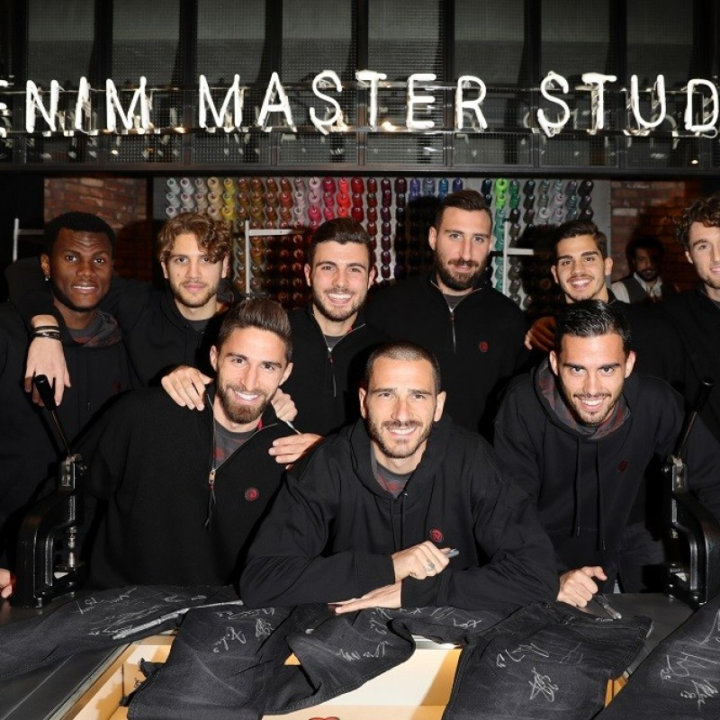 Denim Diesel Jeans Signed by the Milan FC Players