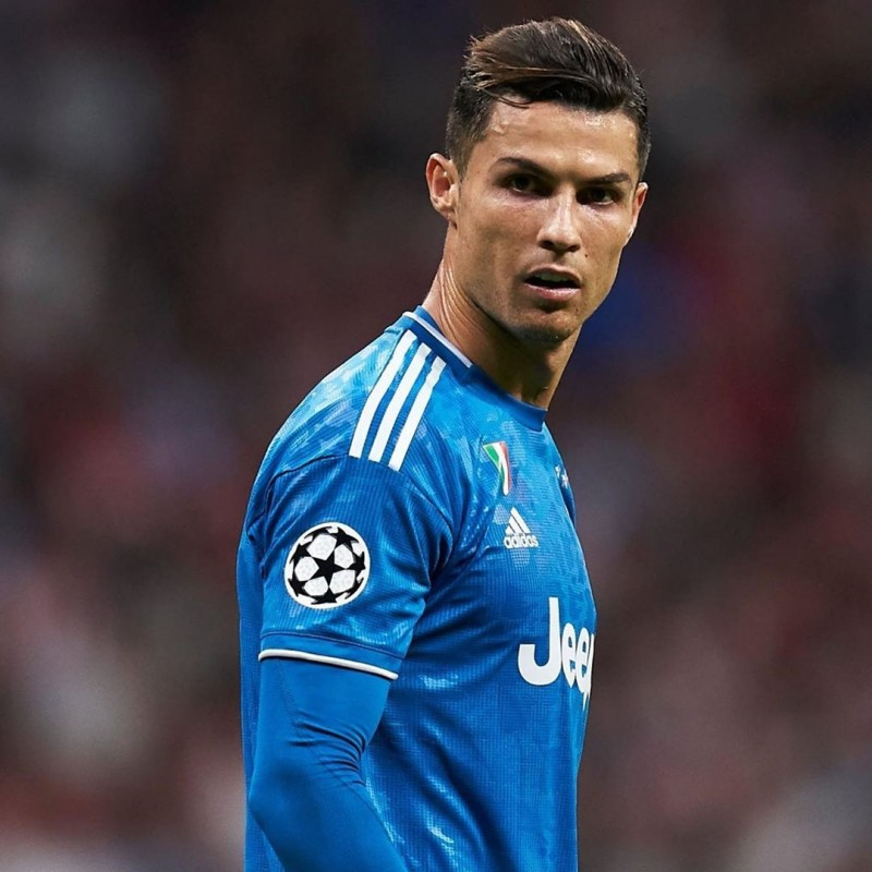 Ronaldo's Juventus Match-Issued Signed Shirt, UCL 2019/20