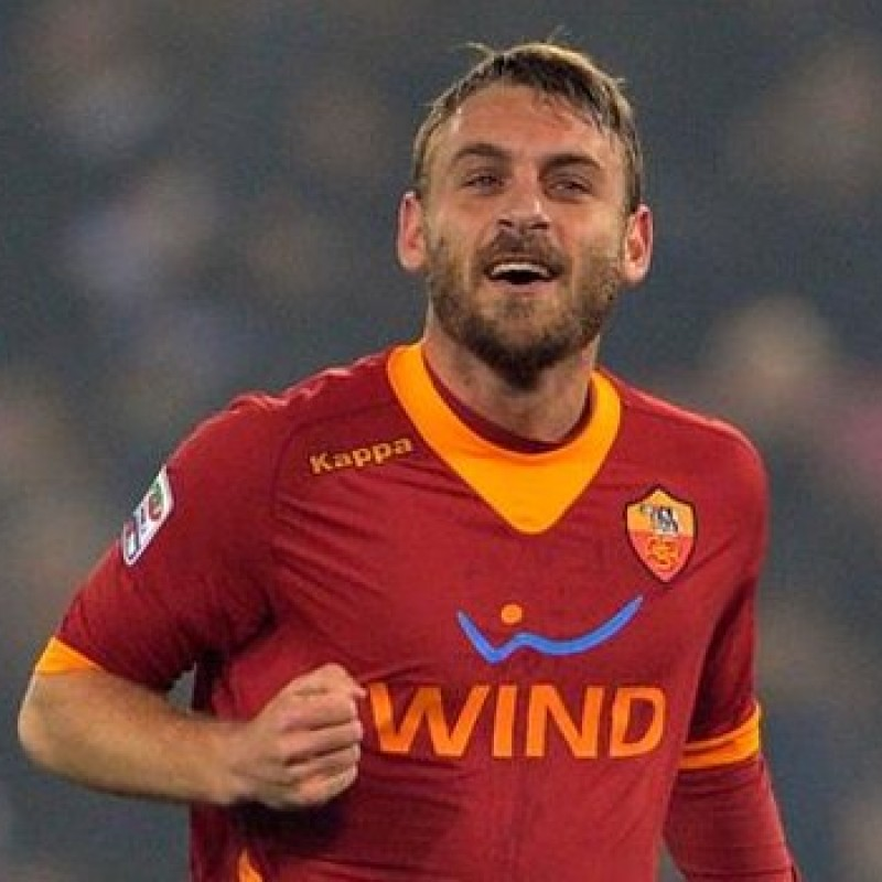 Roma's Official Shirt, 2011/12 - Signed by De Rossi