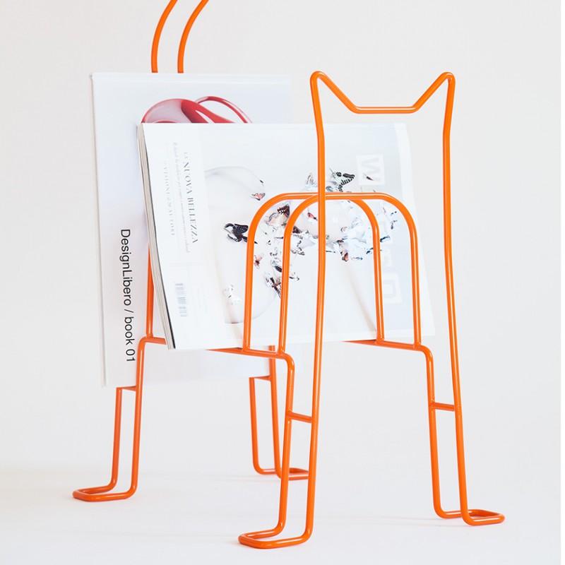 Boris. Magazine Rack by Designlibero