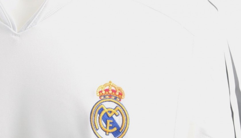 a7556455acd Zinedine Zidane Signed Official Replica Real Madrid 03 04 Shirt -  CharityStars