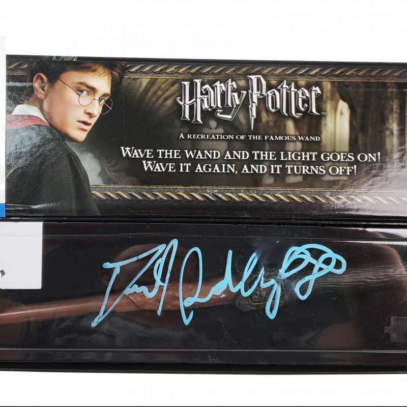 """Daniel Radcliffe Hand Signed """"Harry Potter"""" Wand"""""""