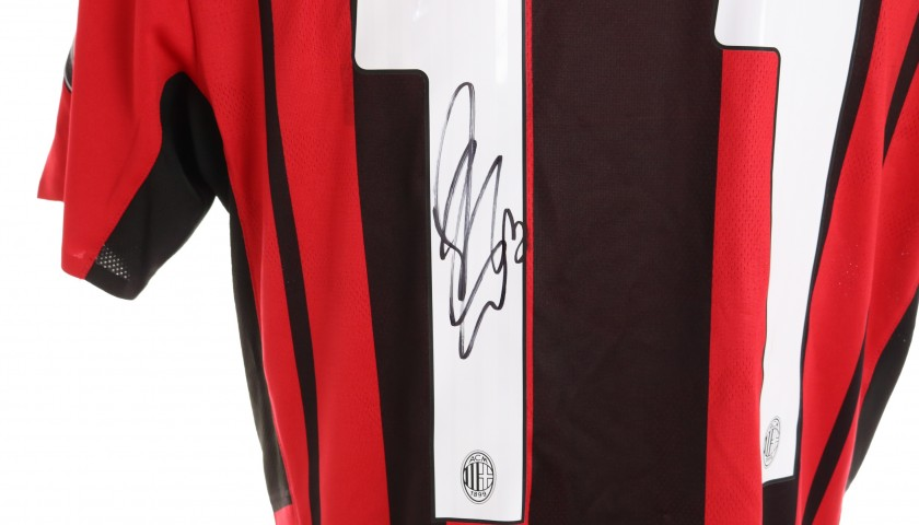Ibrahimovic's Match-Issued and Signed Shirt, Milan-Cagliari 2021