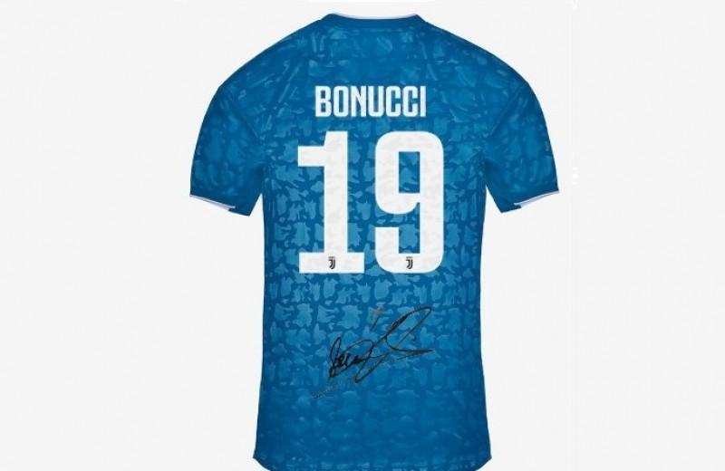 Bonucci Juventus Signed Third Shirt, 2019/20
