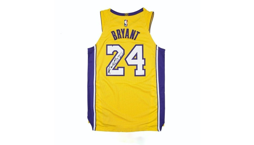 Kobe Bryant Jersey with Printed Signature
