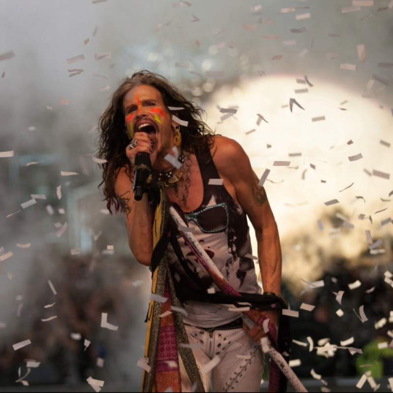 Meet Steven Tyler at his Show with Loving Mary