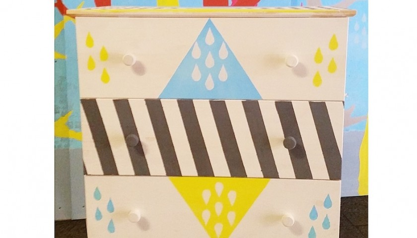 Ikea chest of drawers decorated by the streetartist UNO - 79x39x92 cm