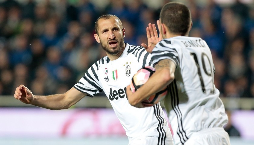 Chiellini's Match-Issued/Worn Juventus Shirt, Signed Serie A 2016/17
