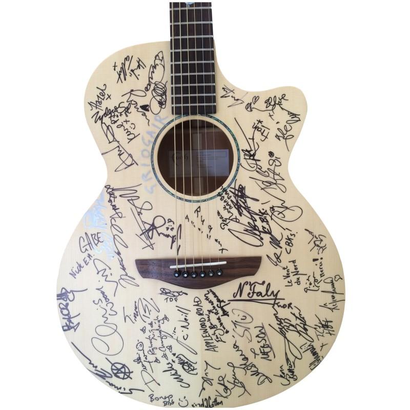 Signed Cambridge Folk Festival Faith Guitar