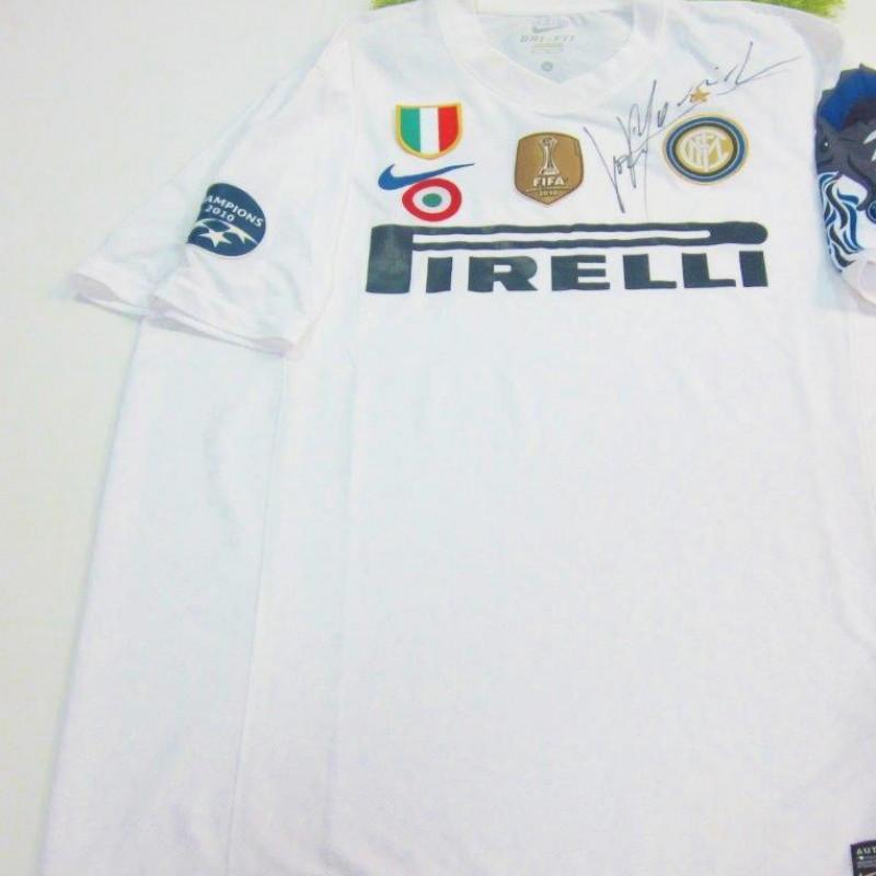Inter Champions League 2010/2011 shirt signed by Josè Mourinho