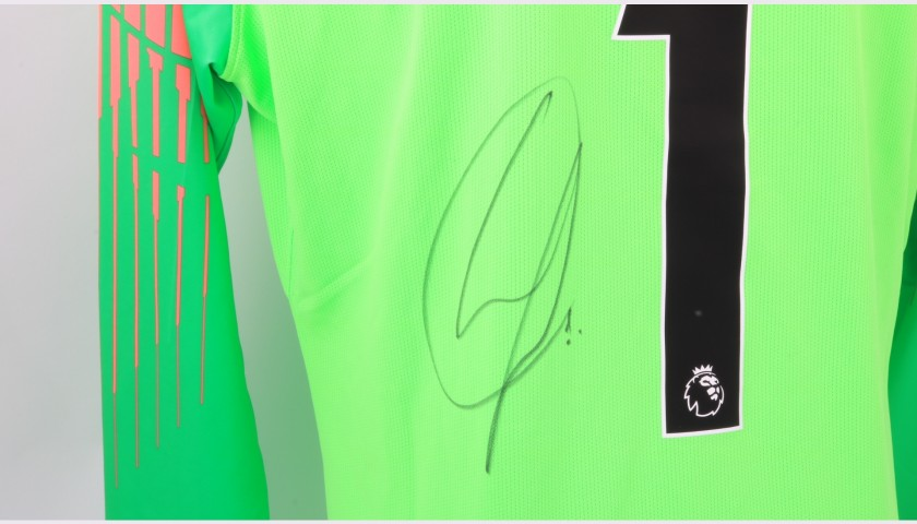 Arrizabalaga's Chelsea Match-worn and Signed Poppy Shirt