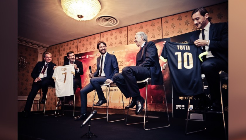 "Totti's ""La Notte dei Re"" Limited Edition Signed Shirt"
