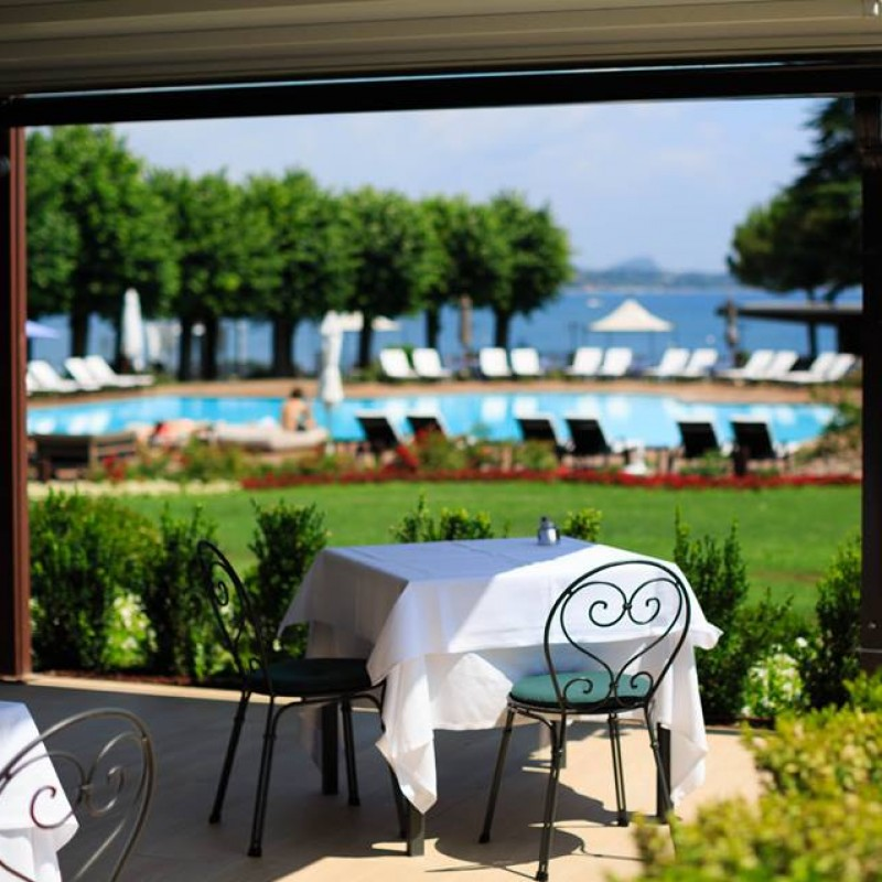 Stay at the Splendido Bay Luxury Spa Resort