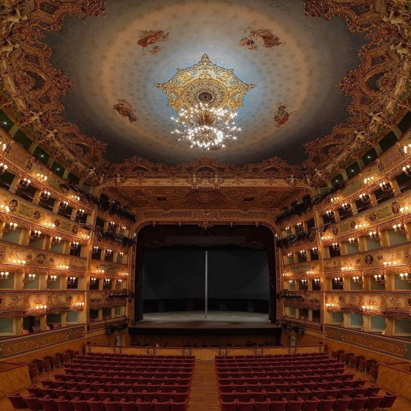 La Traviata at La Fenice Theatre in Venice - 2 seats