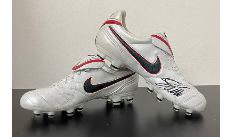 Nike Tiempo Boots - Signed by Ronaldo