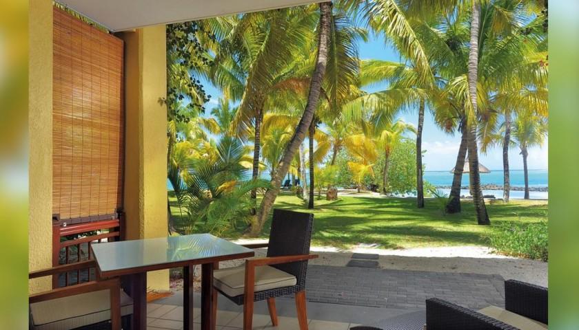 A Six-Night Stay at Paradis Beachcomber Golf Resort & Spa