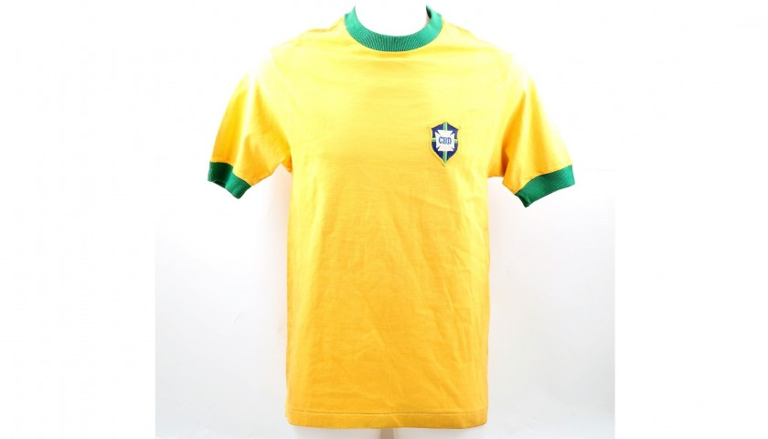 Pele's Match-Issue Brazil 1970 Signed Shirt
