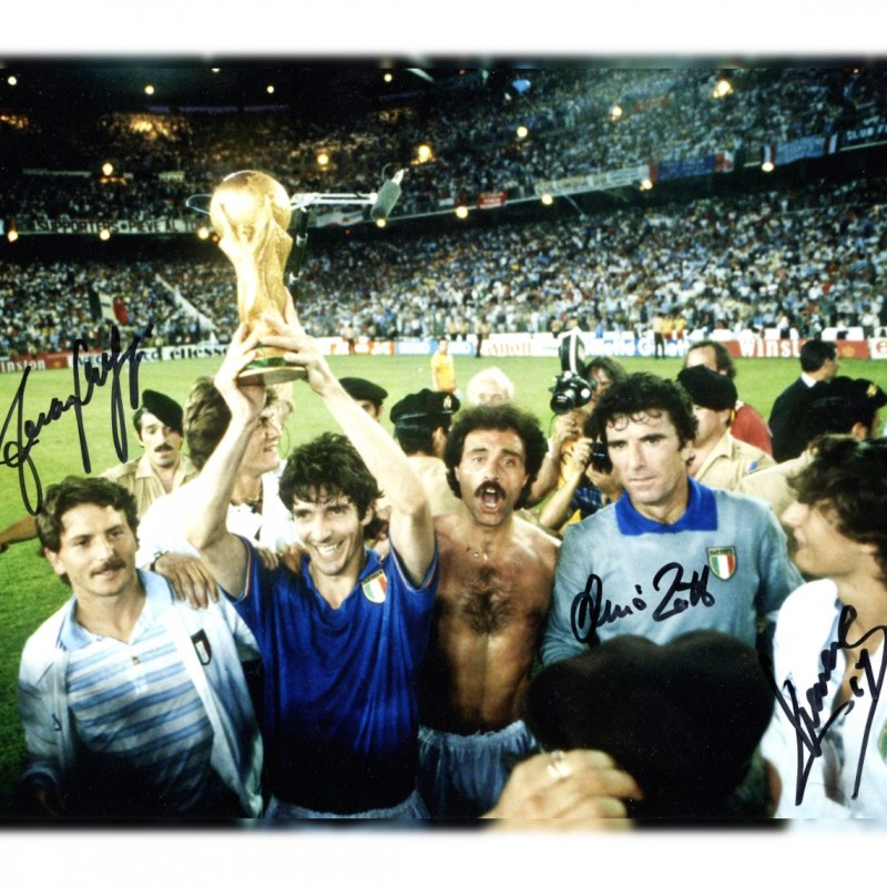 Photograph Signed by Zoff, Massaro and Selvaggi - World Cup '82