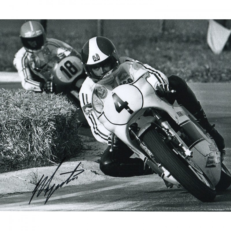 Photograph Signed by Motorbike Racer Giacomo Agostini