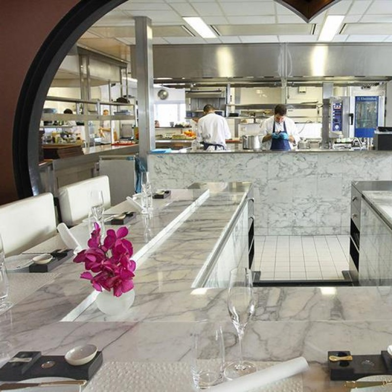 Chef's Table in Ciel Bleu in Hotel Okura for 4 People