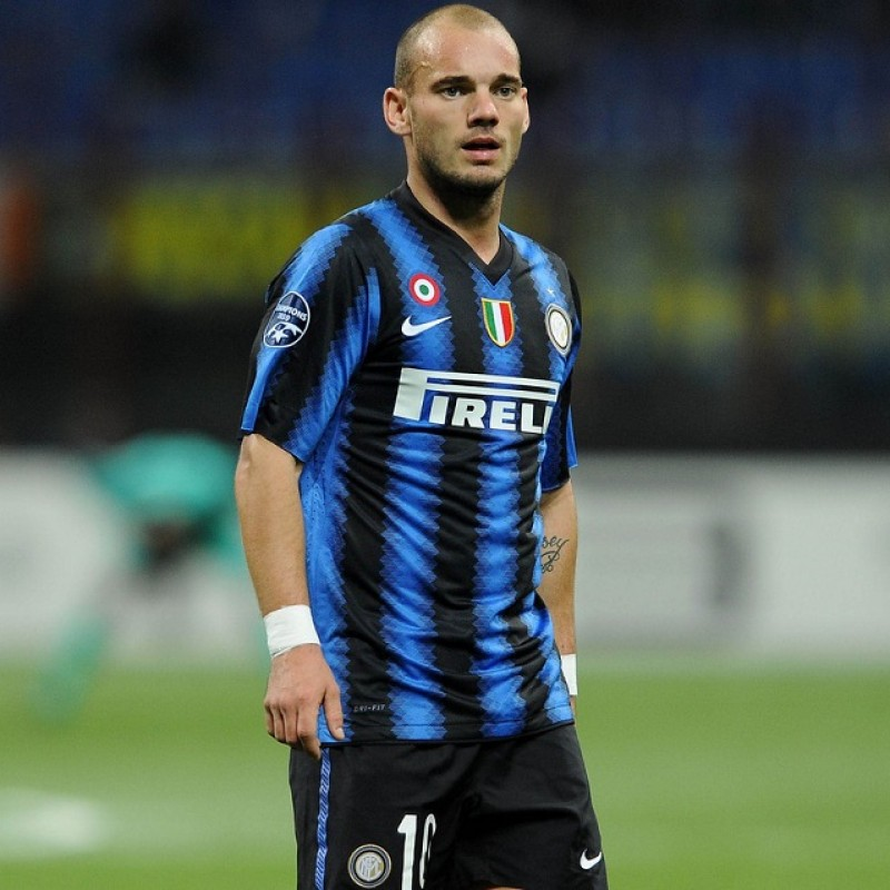 Official Inter Track Jacket Signed by Sneijder