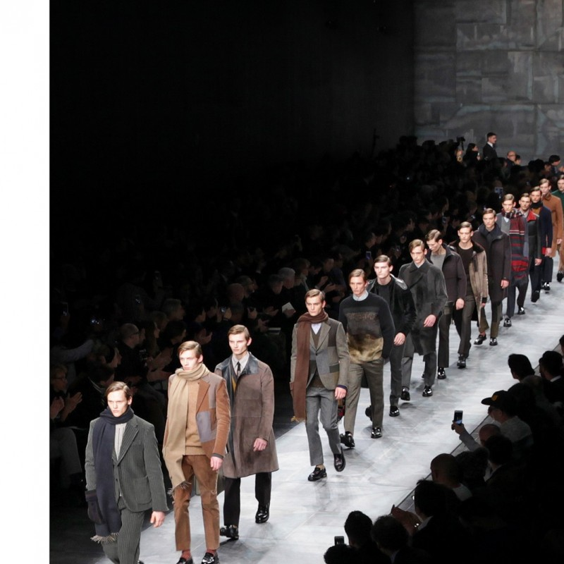 2 tickets to attend Fendi fashion show + access to the backstage