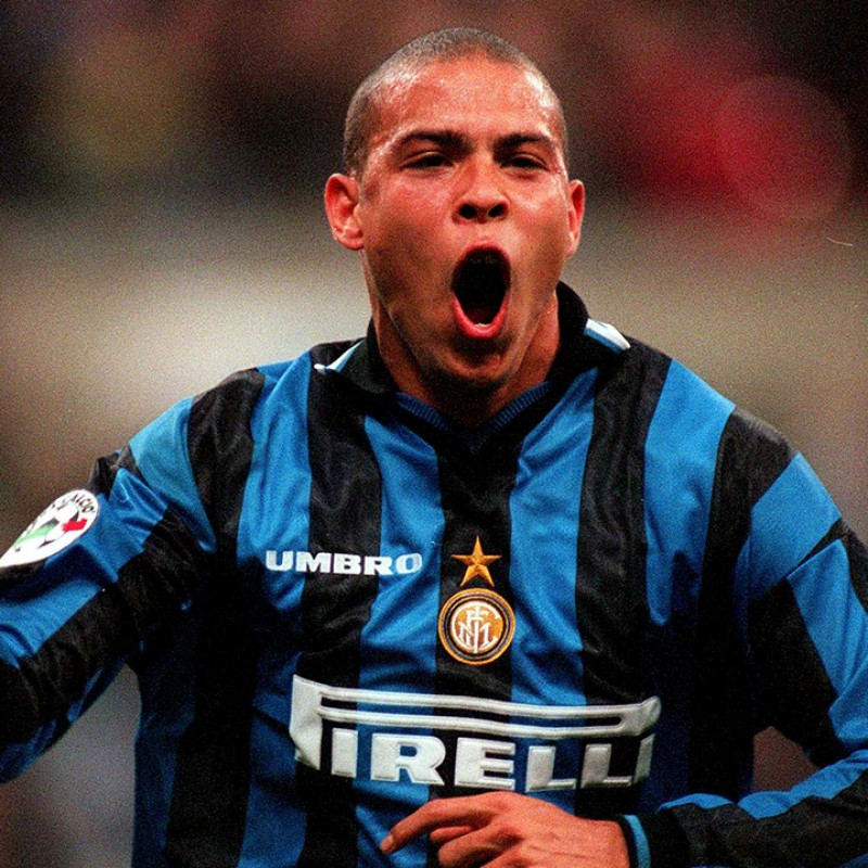 Ronaldo's Official Inter Signed Shirt, 1997/98