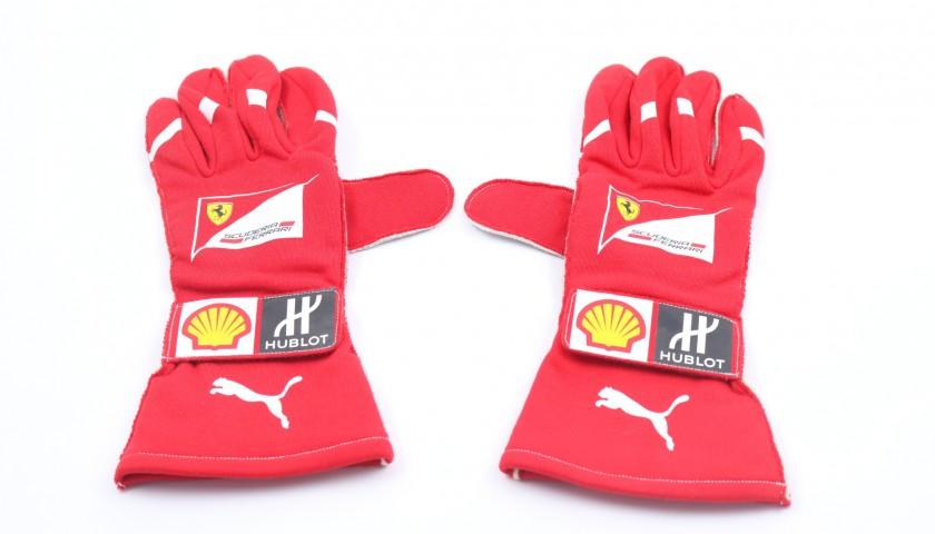 Raikkonen's Worn and Signed Gloves, 2017 Season
